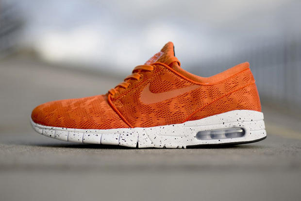 Nike SB presents this new orange colorway for the Stefan Janoski Max. A  more streamlined take on 3b1abfae30bc