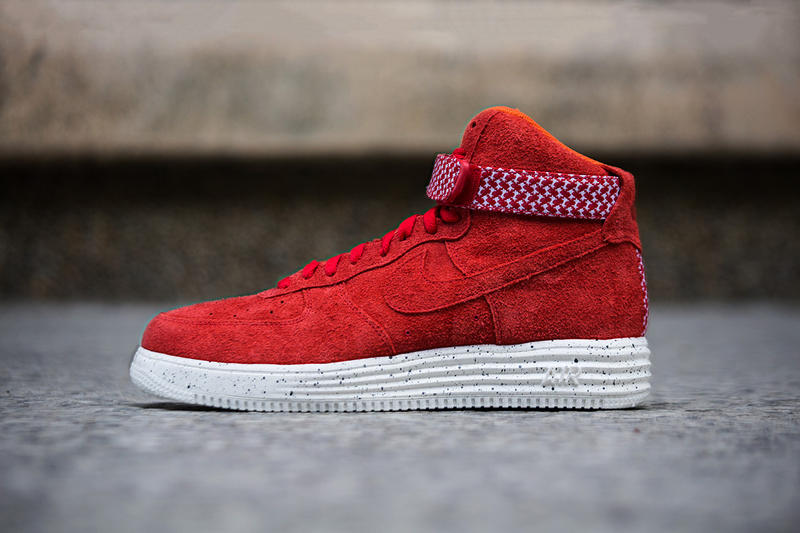 359874f0cbe2 A Closer Look at the Undefeated x Nike 2014 Lunar Force 1 Pack ...