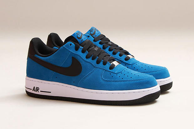 """online retailer e15f4 1f2a1 Decked out in the familiar """"Military Blue"""" hue is a brand new Air Force 1  from Nike Sportswear for"""