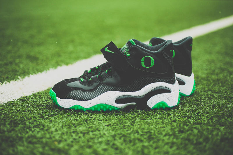 0de716d141 Adding to its growing list of models representing the University of Oregon,  Nike presents the Air