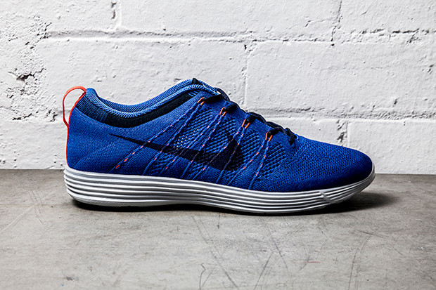 cc917e5cbca20 Nike Flyknit Lunar1+ Game Royal Bright Crimson