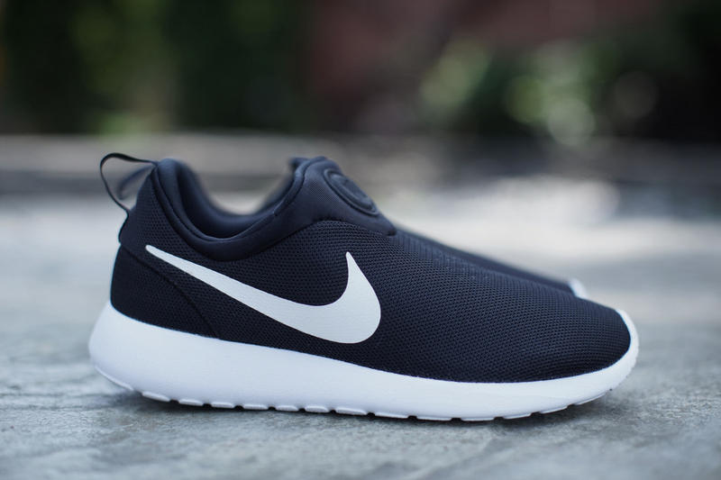 new arrival cf25b 894e9 Nike Roshe Run Slip On Black/White | HYPEBEAST