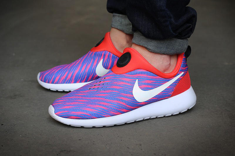 hot sales 8ed61 33598 Nike Roshe Run Slip On GPX Red Blue