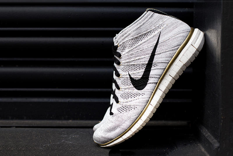 """online retailer 0bc3f c819a A Closer Look at the Nike Free Flyknit Chukka """"Gold ..."""
