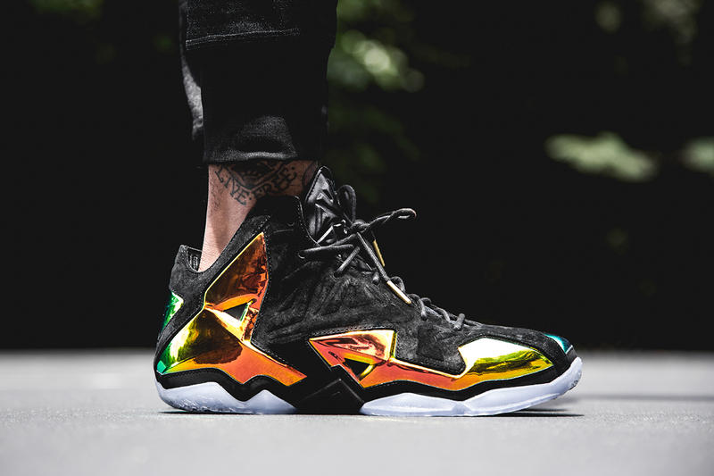 "cheaper 2f07e b2bb4 The Nike LeBron 11 EXT returns with this new Quickstrike ""King s Crown""  colorway. This flashy"