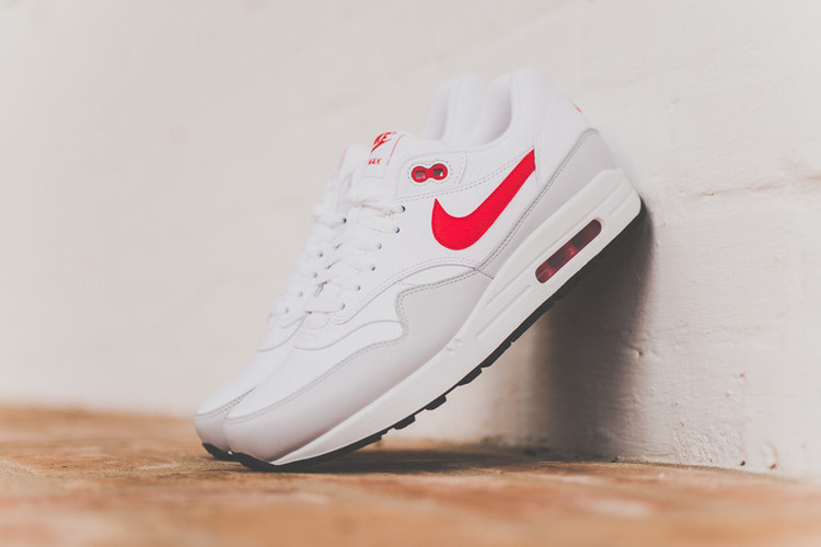 sale retailer 1008f 417b8 Nike Air Max 1 Leather White University Red