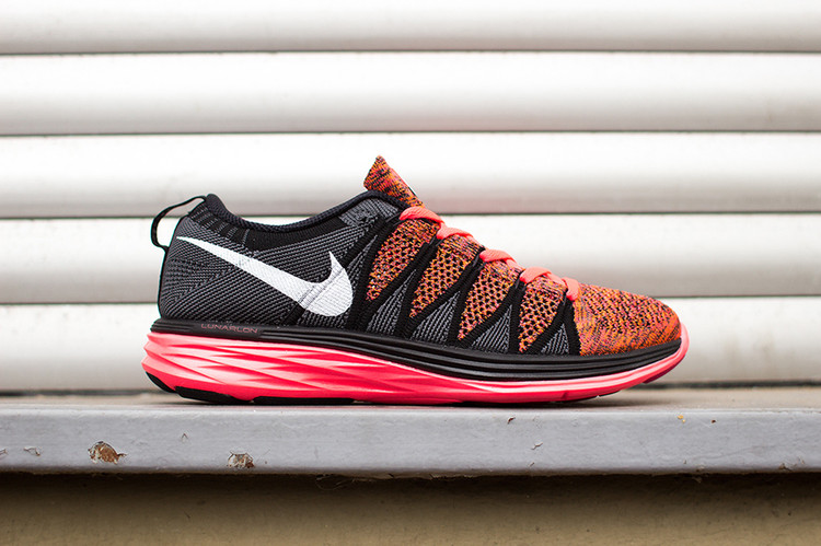 on sale 9e4a6 57731 Nike Flyknit Lunar2 Hyper Punch Black