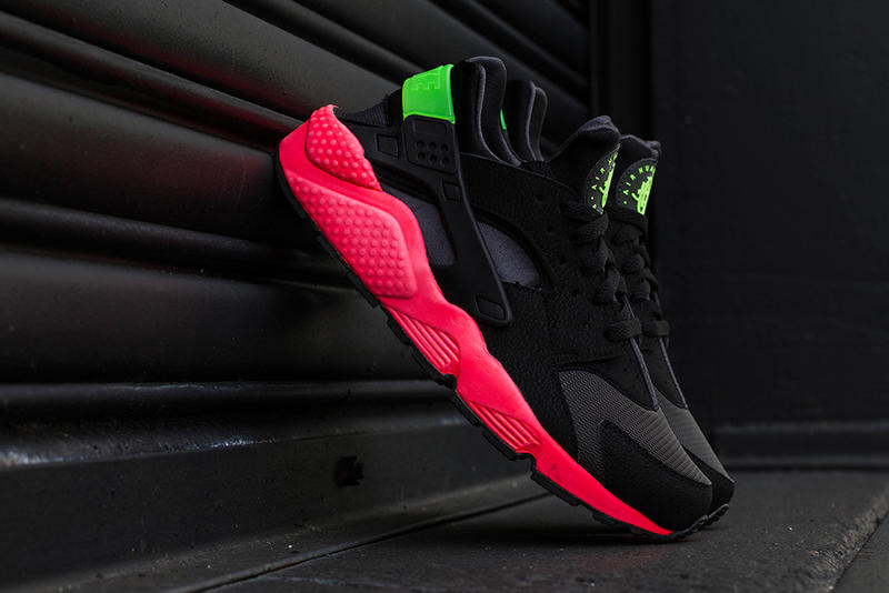 """pretty nice 95084 33c23 The Nike Air Huarache receives another makeover in the form of this """"Hyper  Punch"""" rendition. The"""