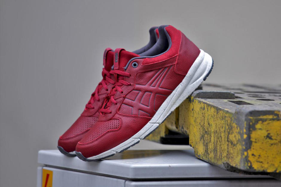 Onitsuka Tiger Shaw Runner Lux Red/White