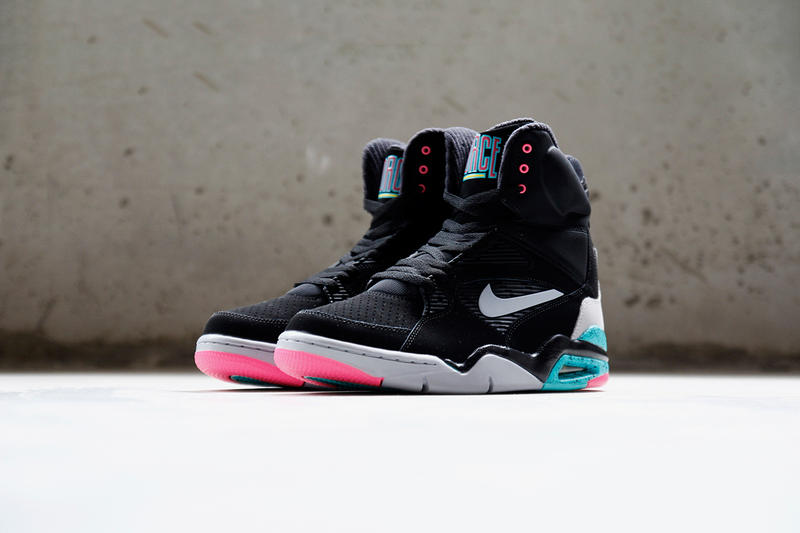 Sentimental Plata Cubeta  A Closer Look at the Nike Air Command Force Black/Wolf Grey-Hyper  Jade-Hyper Pink | HYPEBEAST
