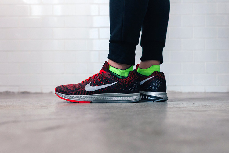 wholesale dealer 86695 836e3 A Closer Look at the Nike Air Zoom Structure 18