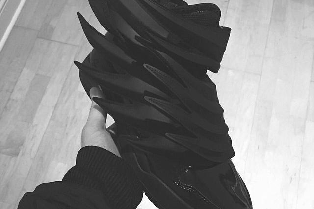 size 40 456c5 2cf4e A First Look at the Jeremy Scott x adidas Originals JS Wings