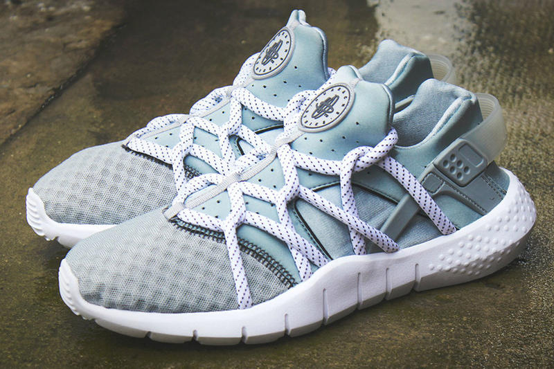 59f105001159 A First Look at the Nike Air Huarache 2015