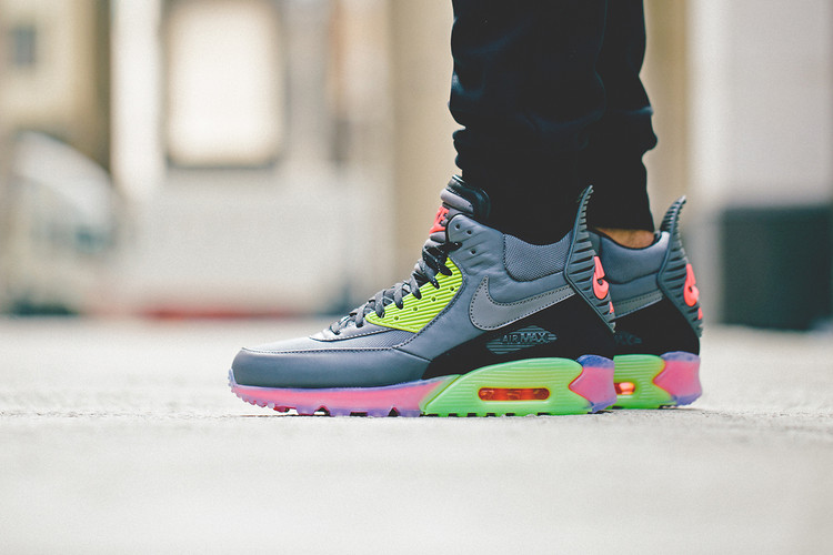 uk availability 31d91 b9cc5 Nike 2014 Holiday Air Max 90 Sneakerboot Ice Collection
