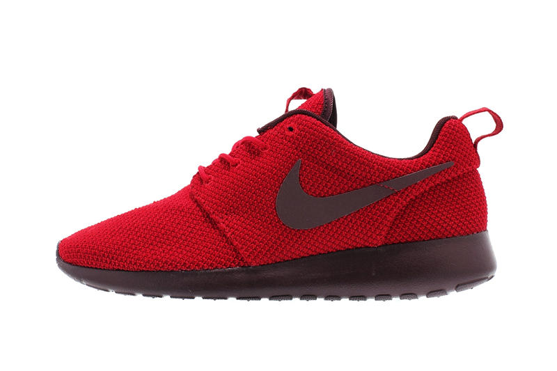 6113b5dcf5b5 Nike delivers two shades of red to its low-top casual shoe