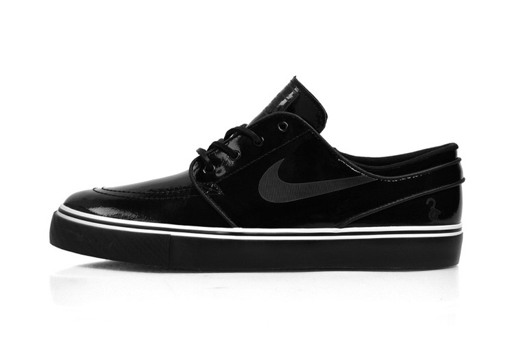 size 40 95b45 73aa2 A First Look at the Lockwood x Nike SB Zoom Stefan Janoski