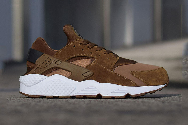 official photos 4fde3 7aba4 Nike Air Huarache