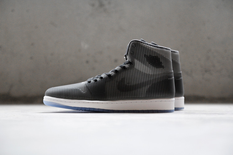 premium selection a7036 78922 A Closer Look at the Air Jordan 4LAB1 Black Reflective Silver