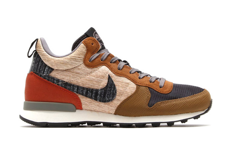 detailed look a28f7 ef660 Nike 2014 Holiday Internationalist Mid QS Pack