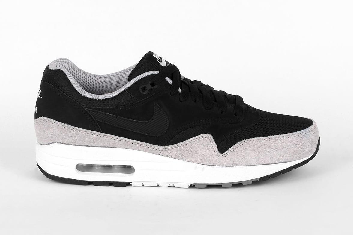 Nike Air Max 1 Essential Black/Flat