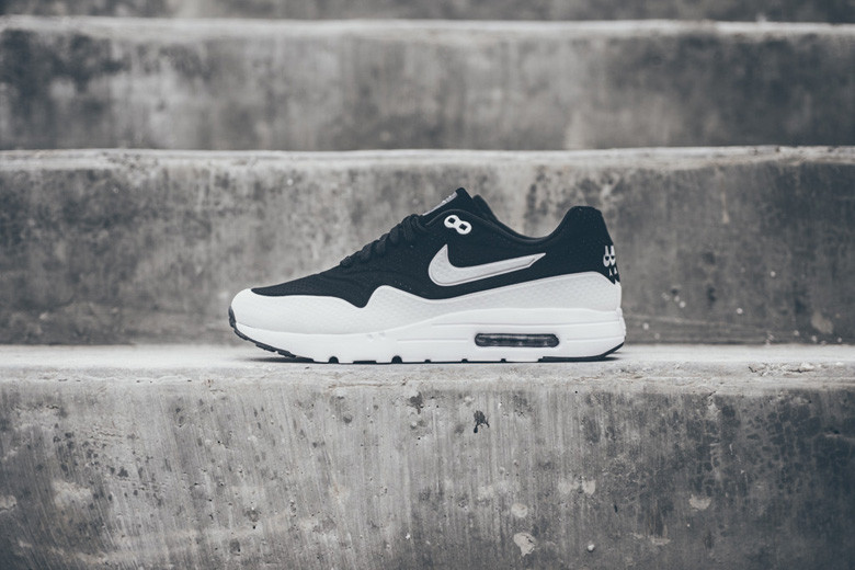 buy online 6bc14 82a59 Nike Air Max 1 Ultra Moire Black White