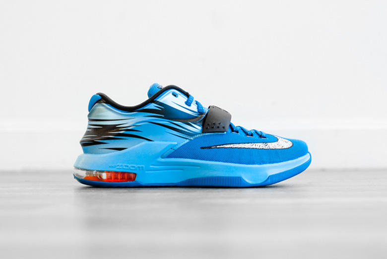 """the best attitude 5cb2c 27216 Nike will soon be releasing the """"Lacquer Blue"""" colorway of the KD 7. The  basketball sneaker is sure"""