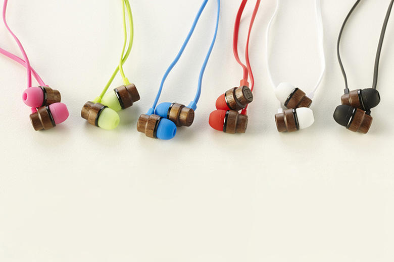 Woodbuds: Naturally Crafted Wooden Earphones