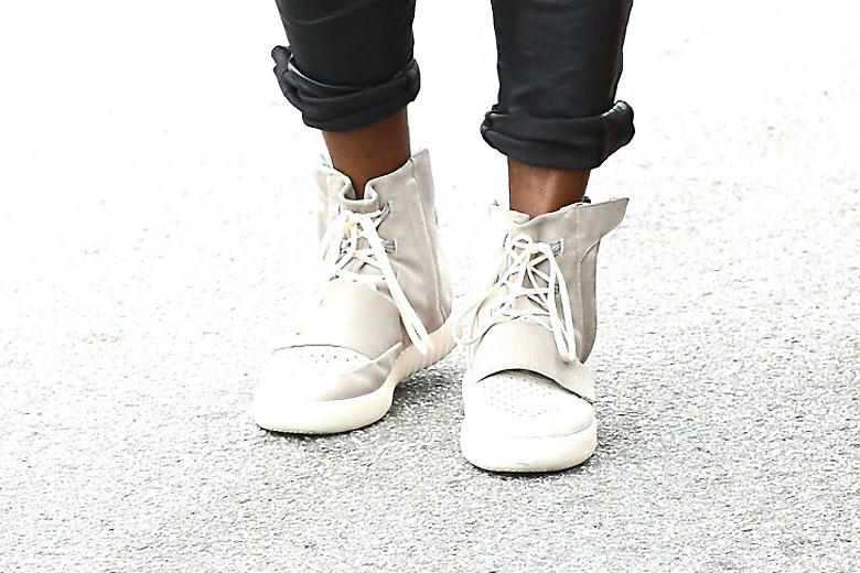 hot sale online c10d2 175c9 Kanye West is Seen in His New adidas Yeezy 750 Boost | HYPEBEAST