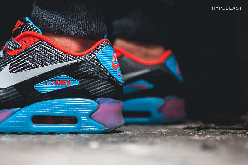hot sale online e8f99 16120 A Closer Look at the Nike Air Max 90 Knit Jacquard ICE