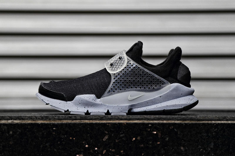 perrito perfil Calle  A First Look at the fragment design x NikeLab Sock Dart