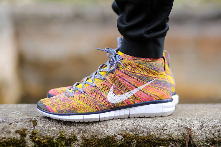 725d002ead Nike Free Flyknit Chukka Midnight Navy White-True Yellow