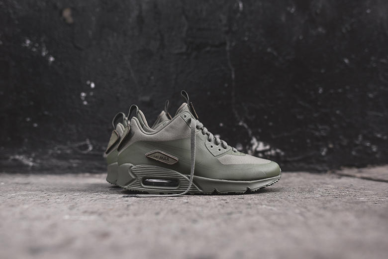buy popular 5e6be e8d7c Nike Air Max 90 Sneakerboot SP Patch