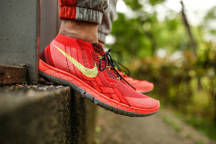 6f7938c38350 A Closer Look at the Nike Free 3.0 Flyknit Bright Crimson Volt