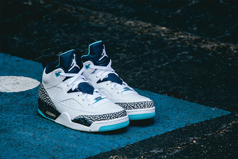 Air Jordan Son of Mars Low White/Midnight Navy
