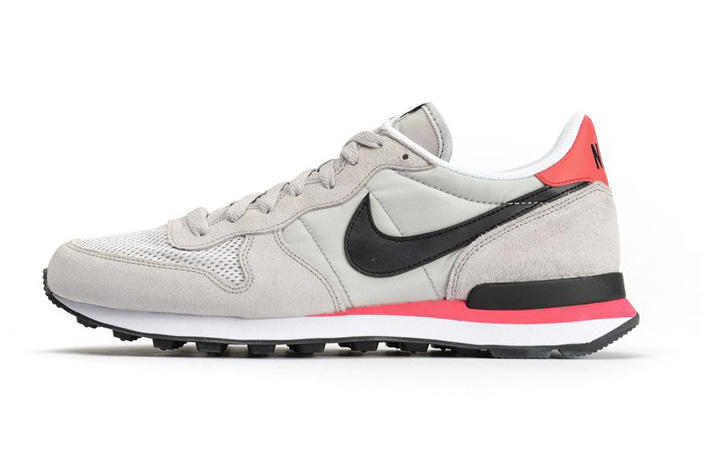 buy popular 904a8 da283 Originally released in 1982 for the New York City Marathon, Nike s  Internationalist makes a return