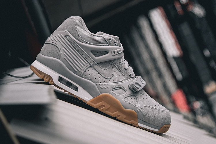 wholesale dealer cb825 dc80f Nike Air Trainer 3