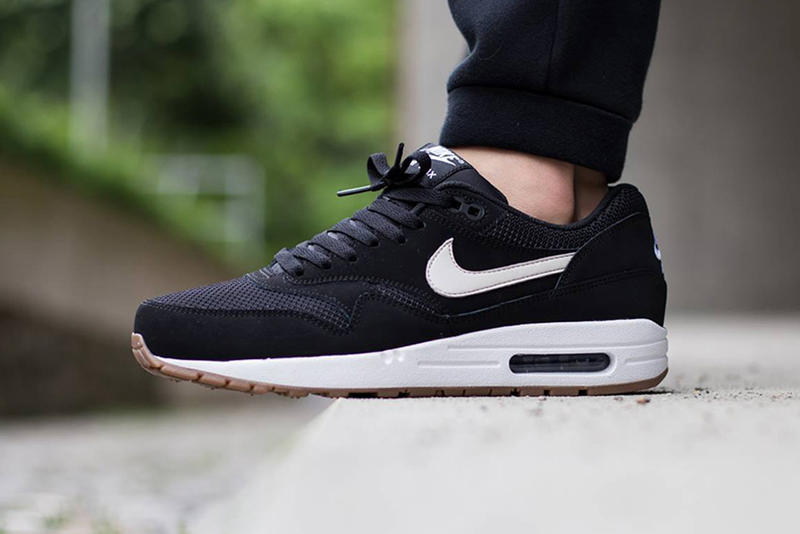 huge selection of a49f0 c34c8 Nike Air Max 1 Essential Black Light Bone-White. Another seasonal rendition  of a classic Nike silhouette featured with a monochromatic sport fabric  upper.
