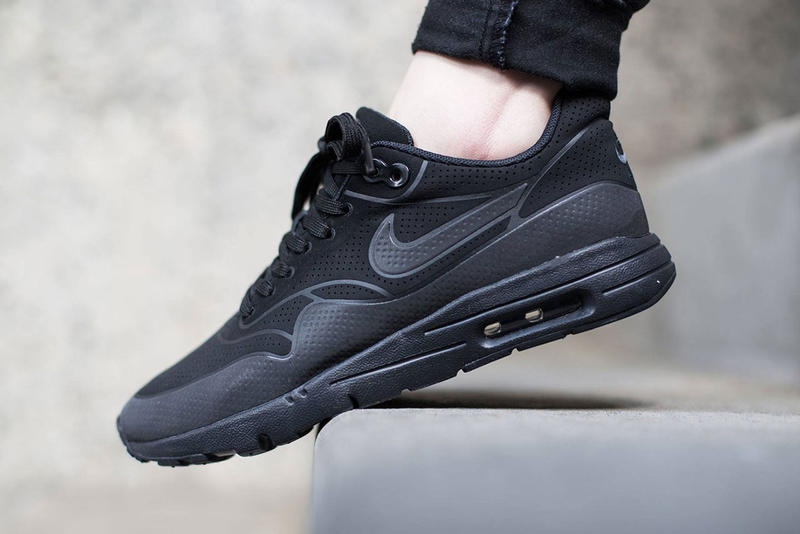 free shipping c8446 58c16 Nike WMNS Air Max 1 Ultra Moire Black Black-Anthracite