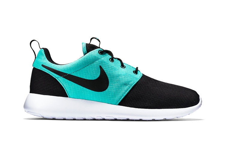 d0006c3d4a5f8 Nike Roshe One Black Light Retro