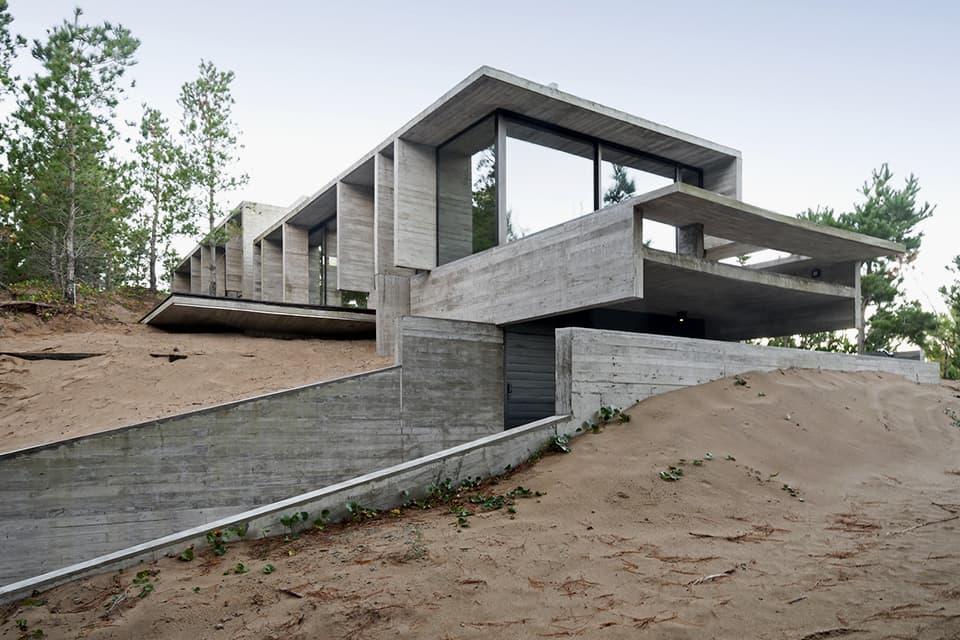 Wein Home by Besonias Almeida Architects