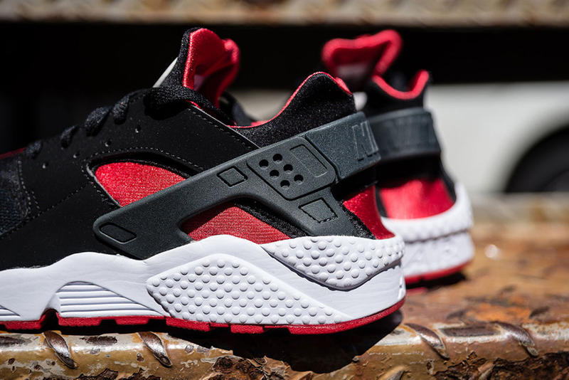 online retailer 6c6e1 5af75 Nike Air Huarache Black University Red   HYPEBEAST