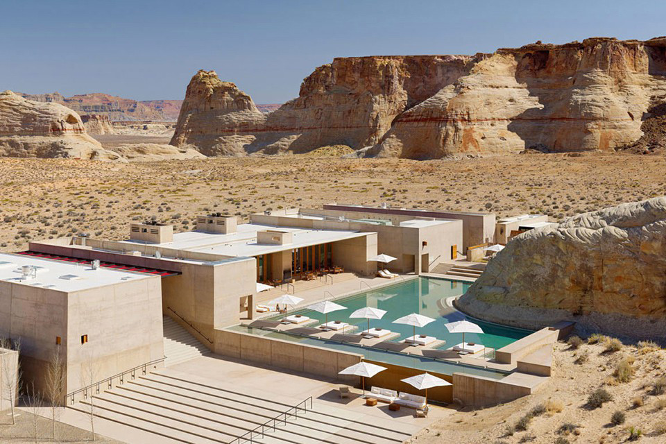 This Luxury Resort Blends Perfectly Into the Southern Utah Desert