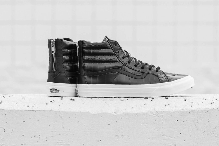 ef918a47ad39 Balenciaga High-Top Luxury Leather Sneakers