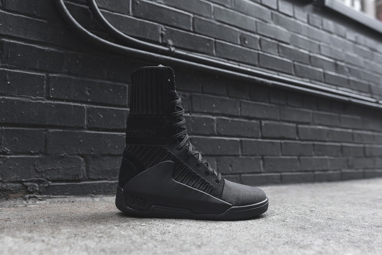 4c6a6842b A Closer Look at the Y-3 2015 Fall Winter Hayworth Guard High