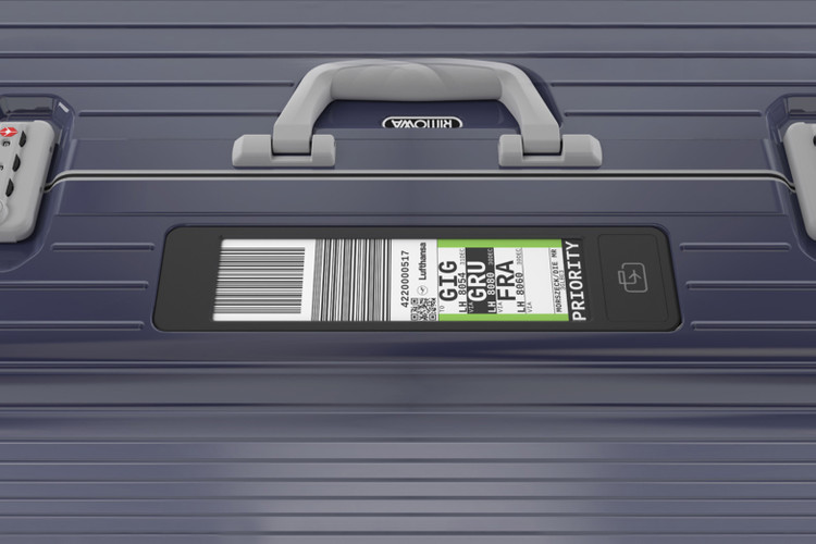 b25a9665bf855d Lufthansa x RIMOWA Electronic Tags Make Your Check-In Process Easier