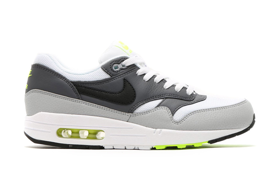 more photos 92650 4f464 Nike Air Max 1 Essential Neon   HYPEBEAST