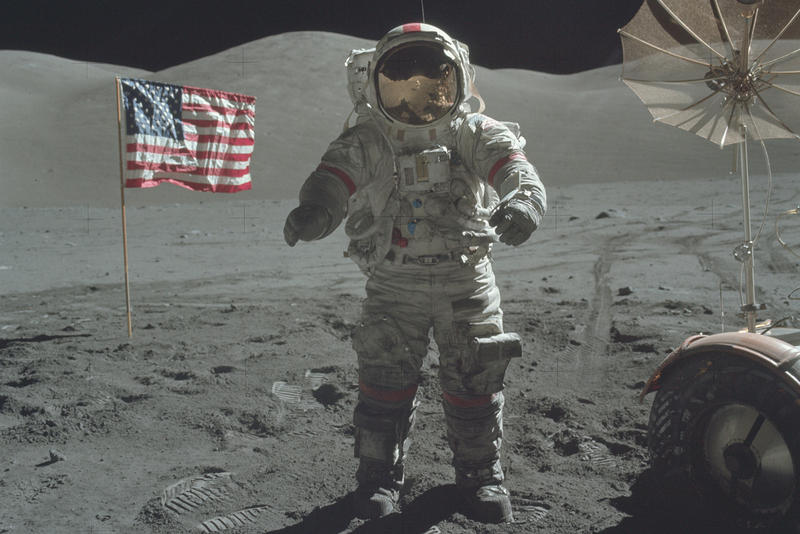 NASA Releases 8,400 High-Quality Images of Past Moon Missions on Flickr