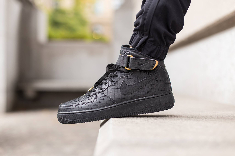 efectivo burbuja tarifa  Nike Air Force 1 Mid 07 Black Sneaker | HYPEBEAST