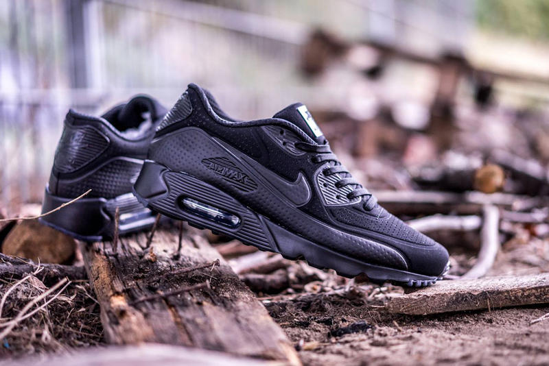 cheap for discount cf77c 7ab75 Nike Air Max 90 Ultra Moire