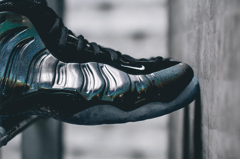 wholesale dealer ecb5f 28b6f Nike Air Foamposite One Hologram Closer Look | HYPEBEAST